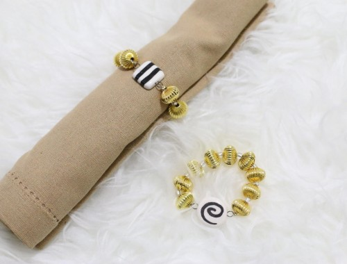 DIY, napkin rings, holiday, black and white, gold, beads, tablescape, dining, entertaining
