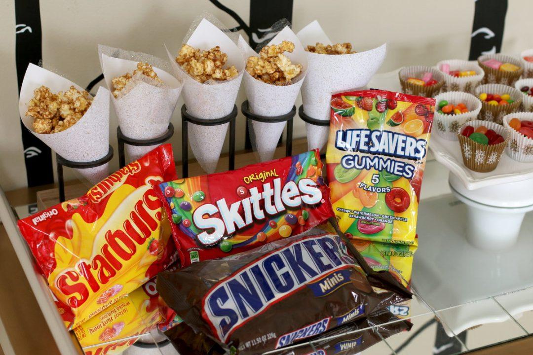 SNICKERS Caramel Popcorn Recipe